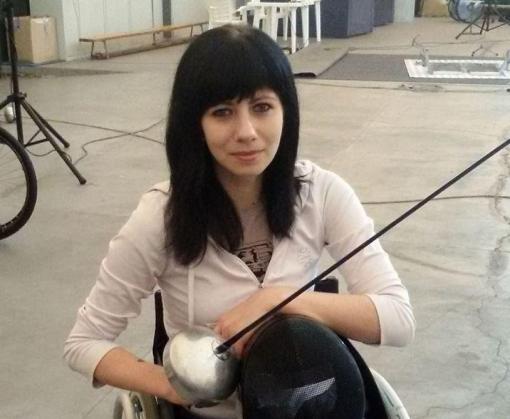 В Харькове соседи не позволили спортсменке-инвалиду установить в подъезде пандус
