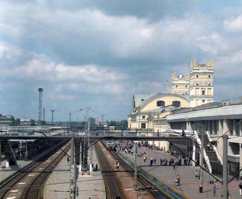 В Харькове на Южном вокзале ранен мужчина