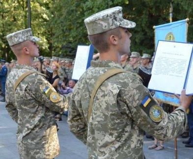 Курсанты университета Воздушных сил приняли присягу