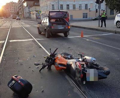 ДТП в Харькове: сбит байкер