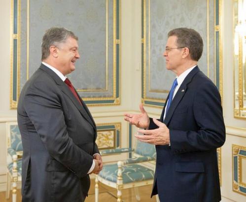 Президент встретился с Послом США по вопросам международной религиозной свободы