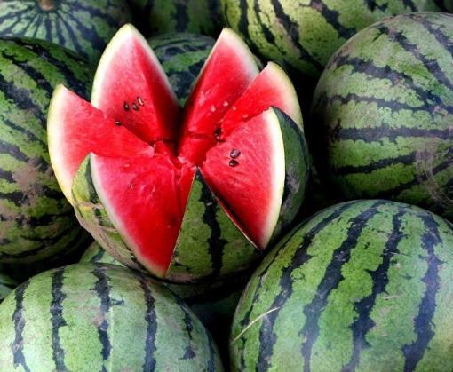 Харьковчан предостерегают от покупок херсонских овощей и фруктов