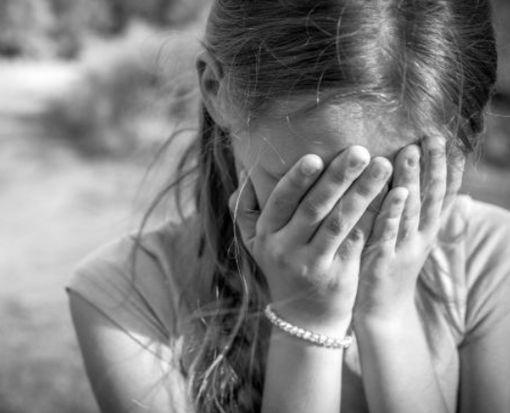 В Харькове в лифте едва не изнасиловали 10-летнюю девочку