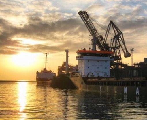 Украинские корабли успешно прибыли в Мариуполь: фото-факт