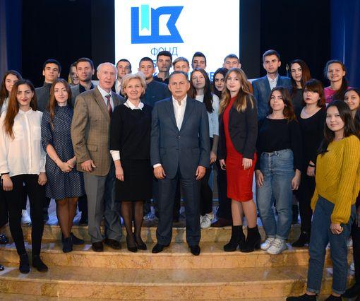 Борис Колесников открыл конкурс «Пищевые технологии», на кону – поездка в Кельн и гранты до $100 тыс