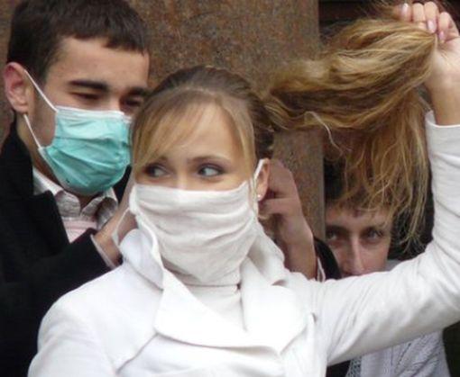 Супрун развеяла давний миф о защитных свойствах хирургической маски