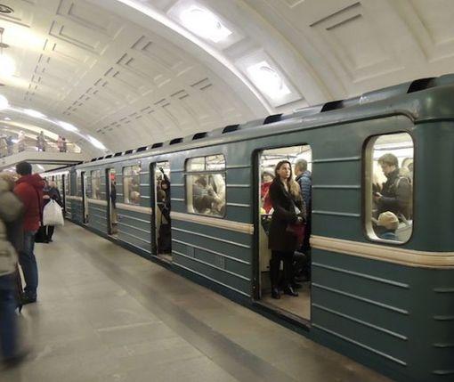 Жители Харькова требуют улучшений в работе метро