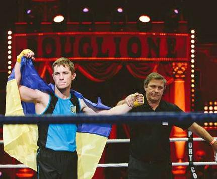 Харьковчанин стал чемпионом Европы по французскому боксу