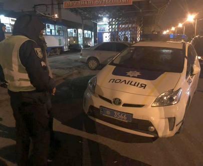 Харьковские патрульные сбили человека