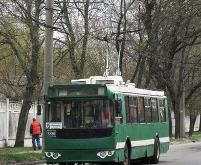 Два харьковских троллейбуса отменяются