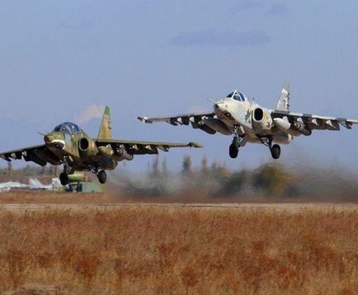 Украинские военные пилоты «пощекотали нервы», показав экстремальный трюк: видео-факт