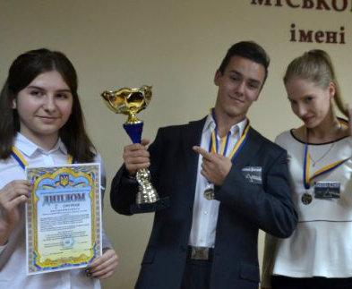Харьковские школьники представили собственные изобретения