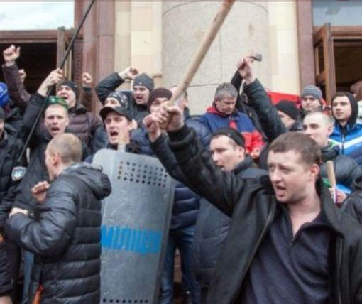 Суд в Харькове определился с «зеваками», якобы глазевшими на захват ХОГА