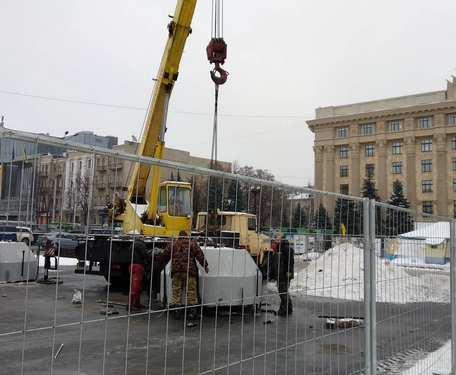 В центре Харькова устанавливают сцену