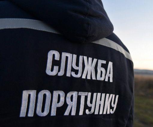 В Харькове школьник попал в «капкан» прямо на детской площадке: фото-факт