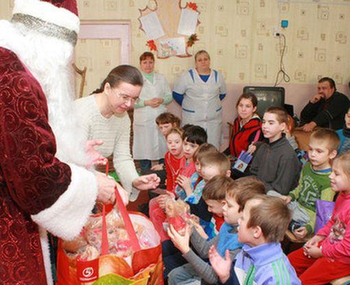 Деда Мороза предупредили по поводу стоимости подарков детям в Харькове