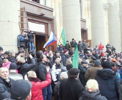 Судья в Харькове пожалела сепаров, захватывавших здание ХОГА весной 2014-го