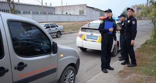 Проверка слуха: «Приусы» харьковских патрульных нечем заправлять