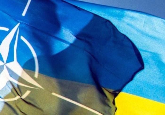 Эксперты рассказали, кто оказывает Украине наибольшую помощь во внешней политике