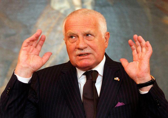 Украинский дипломат высмеял заявление экс-президента Чехии о «терпеливой» Москве