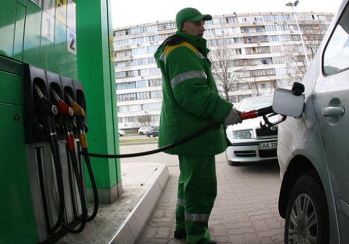 В Украине падают цены на автогаз