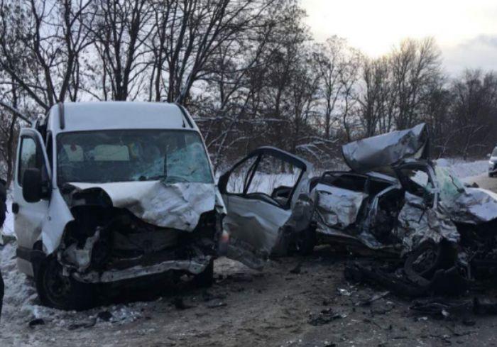 Стало известно, кто был за рулем Hyundai во время страшного ДТП под Харьковом