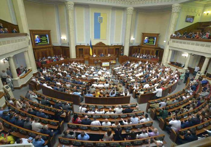 В четверг Рада рассмотрит закон о переходе общин в ПЦУ