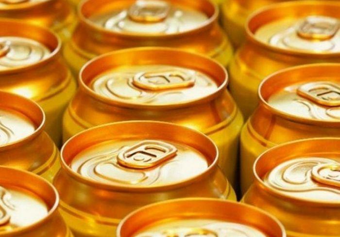 Мужчину спасли от смерти с помощью 15 банок пива