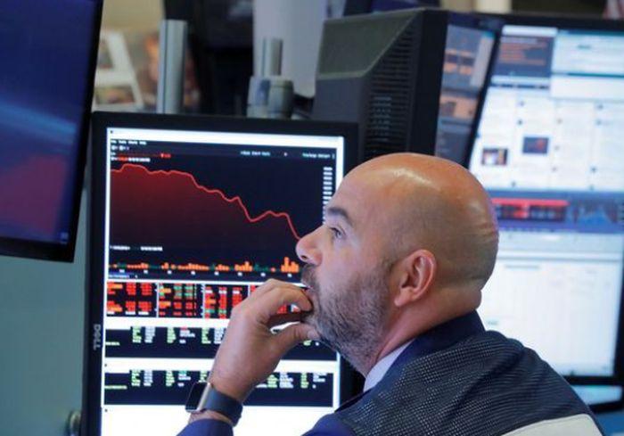 Прогнозы ОПЕК спровоцировали падение мирового рынка нефти