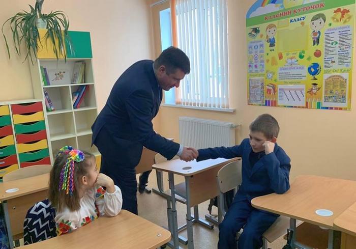 В ОТГ на Харьковщине открыли начальную школу и детсад