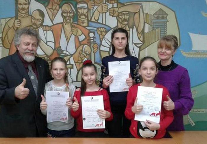 Юные художницы прославили Харьковщину в Европе