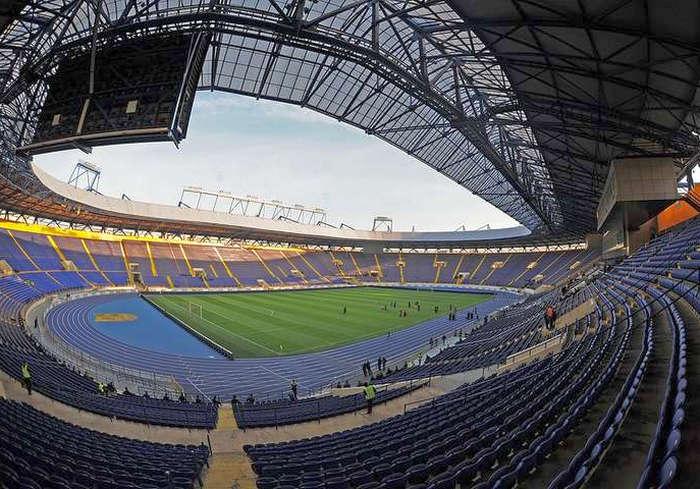 Большой футбол в Харькове: «Металлист» окружат силовики