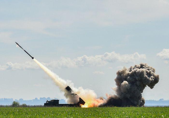 Президент Украины заявил о планах по созданию новых мощных ракет