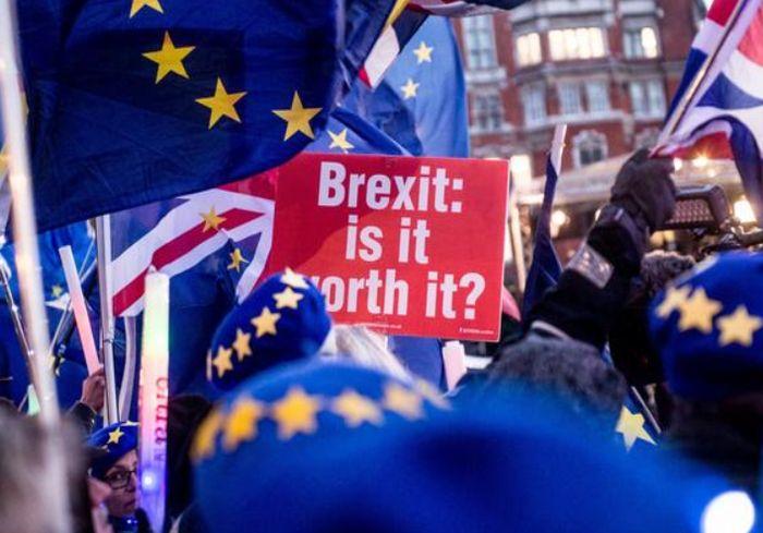 Президент Франции сказал, как можно приостановить Brexit