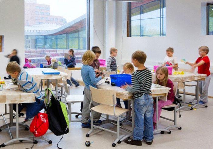 Финляндия поможет создать «новую украинскую школу» (видео)