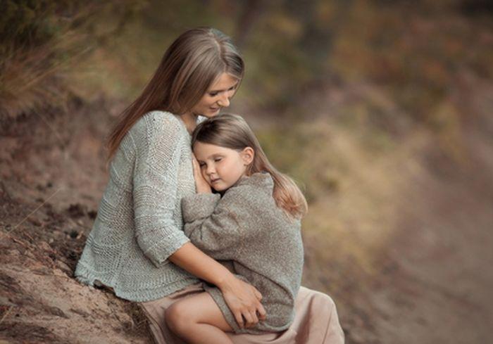 Ученые выяснили, как образование матери влияет на продолжительность жизни ребенка