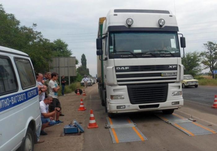 На дорогах Харьковской области начинают работу весовые комплексы