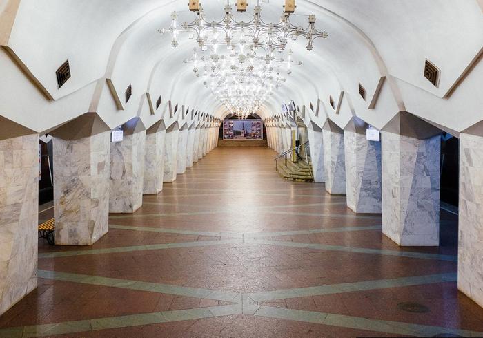 Где в Харькове можно увидеть пикантные изображения