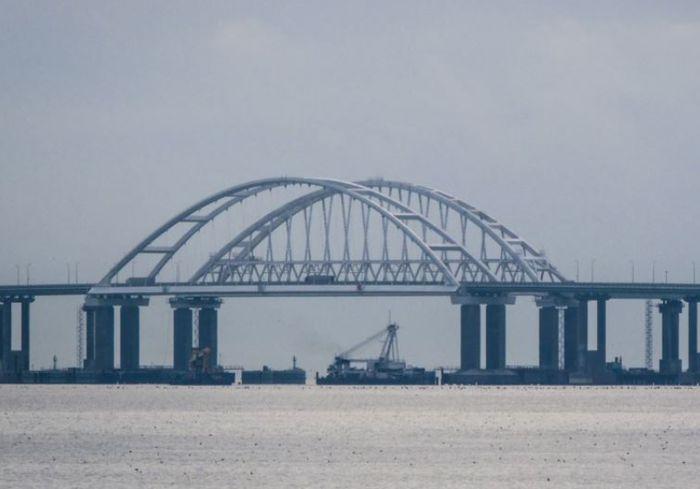 Российский эксперт: Керченский мост превращает Азовское море в болото
