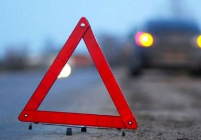 Страшное ДТП под Харьковом – легковушка напоролась на отбойник: фото-факт