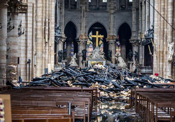 Во Франции назвали стоимость восстановления Нотр-Дам де Пари