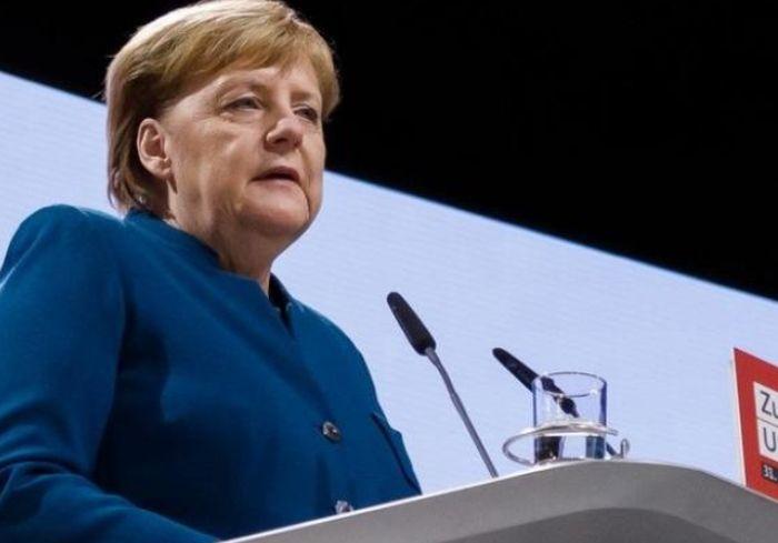 Ангела Меркель может покинуть свой пост досрочно