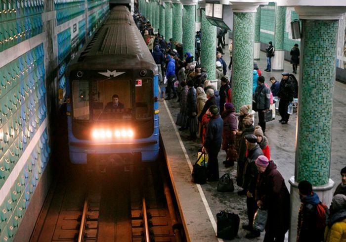 Харьковчане предложили изменить график работы метро