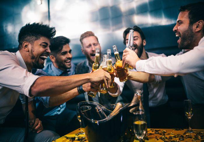 Исследователи определили, какая нация – самая пьющая в мире