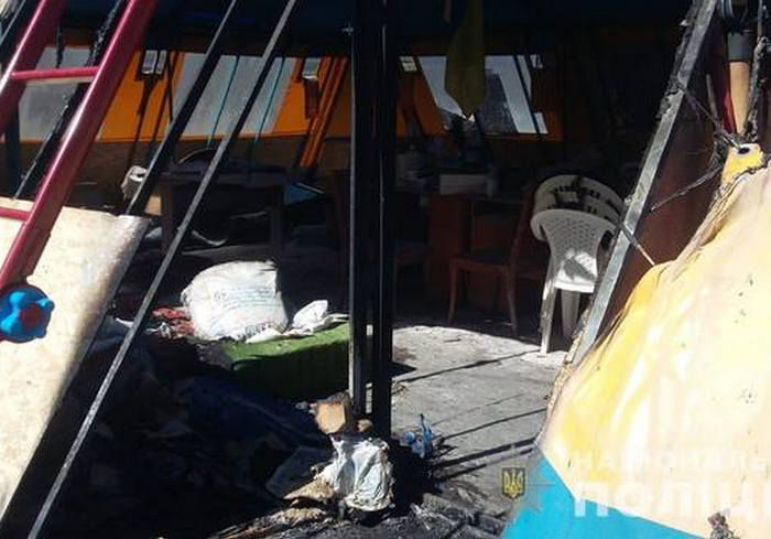 Пожар в волонтерской палатке в Харькове: открыто дело