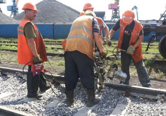 Харьковские железнодорожники занимаются реконструкцией