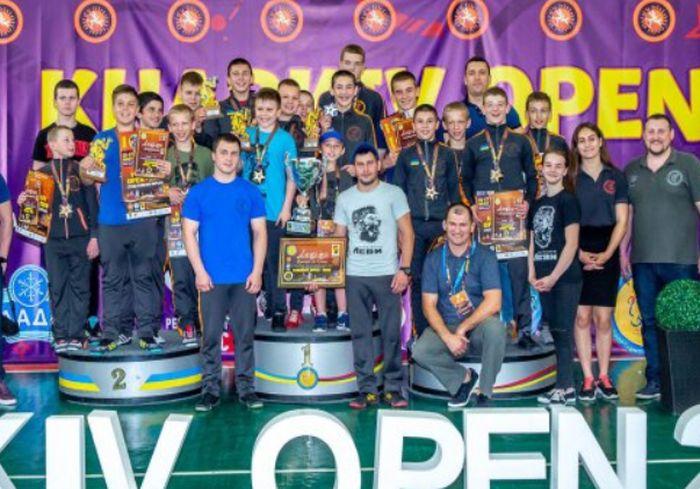 Харьковчане выиграли международный турнир по греко-римской борьбе