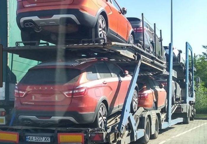Эксперт рассказал о перспективах продажи российских авто на украинском рынке