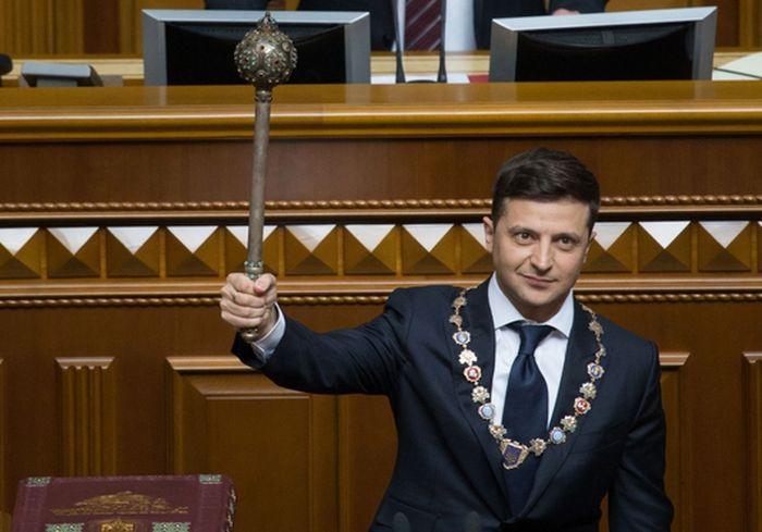 Блогер: «Зеленский, как и обещал, не торгует территориями или людьми»