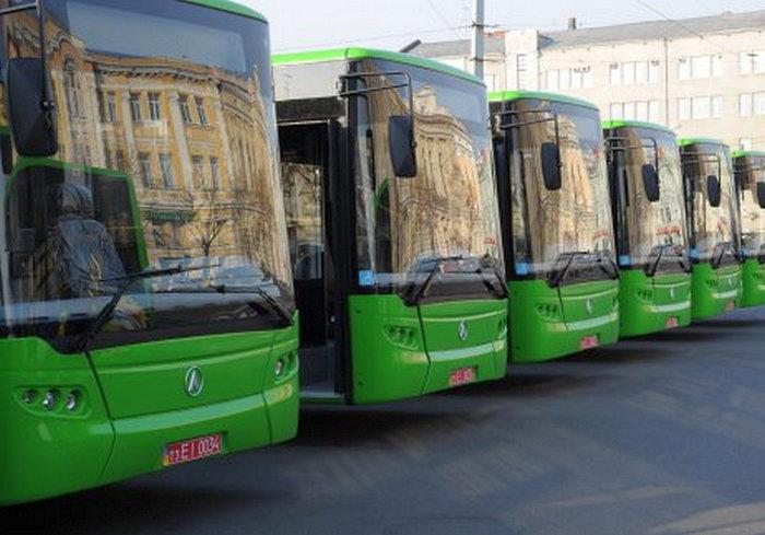 По просьбам трудящихся: в Харькове городские власти пообещали новые автобусные маршруты